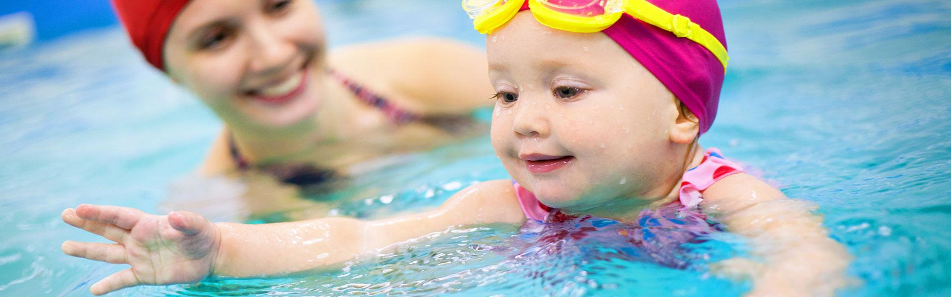 banner-swimming